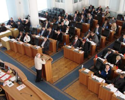 Кому из депутатов горсовета Севастополя в 2014 году стоит сказать «спасибо», а кого стоит «взять на карандаш»