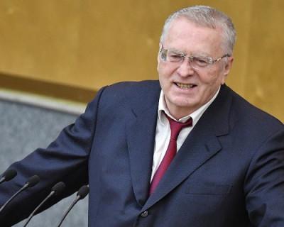 Жириновский предложил завозить в Госдуму минеральную воду, произведенную в Крыму