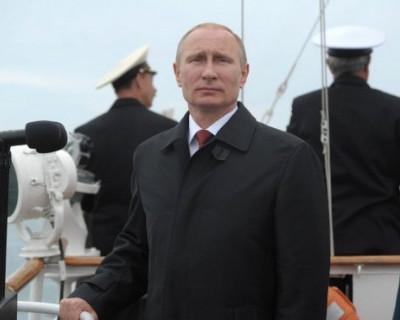 Владимир Путин распорядился решить проблему обеспечения жильем для военнослужащих запаса в Севастополе