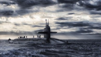 Названа зарплата командира подводной лодки