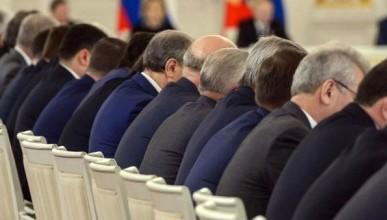 В России сократят губернаторские сроки