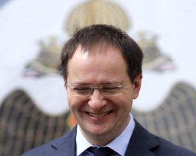 Как свести с ума министра культуры РФ?