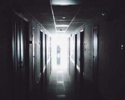 Инцидент в российской больнице: подростки изнасиловали 7-летнего школьника