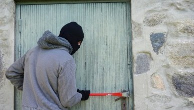 Севастопольские полицейские задержали грабителя