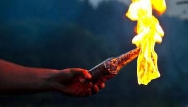 На Украине мужчина попытался поджечь кабинку для голосования