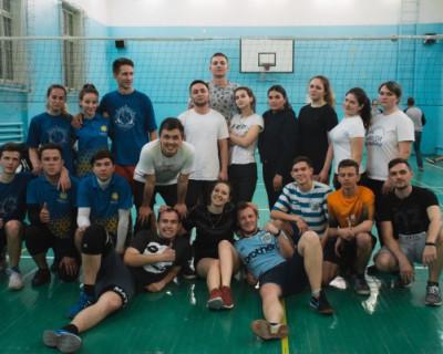 Студенческие отряды Севастополя продолжают бороться за победу (ФОТО)