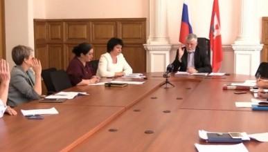 Севастопольские депутаты Щербакова, Горелов и Аксёнов опять не стали обсуждать выплаты ветеранам!
