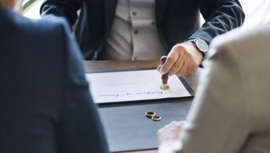 В России сократилось число зарегистрированных разводов