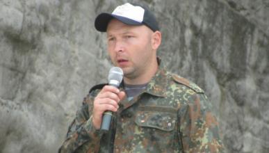 Глава Нижегорского района Крыма ударил посетителя (ВИДЕО)