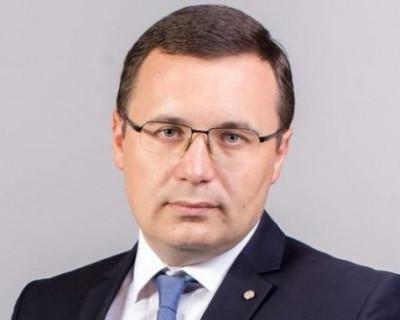 Где глава Ленинского района Севастополя «подрабатывает» по ночам? (ФОТО)