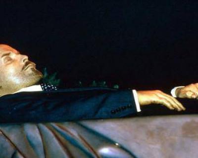 Как только Ленина вынесут из Мавзолея, Москва провалится под землю?