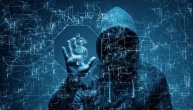 Хакеры слили в Интернет данные обнальщиков
