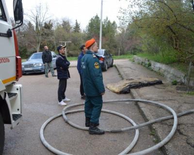 В Севастополе начала гореть квартира. Есть погибший