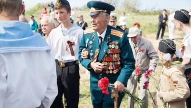 И стоило севастопольским депутатам так бузить, чтобы потом пойти на попятную губернатору?