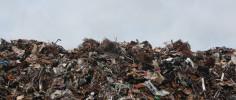 В Севастополе несколько управляющих компаний «наказали» за двойные начисления за вывоз мусора
