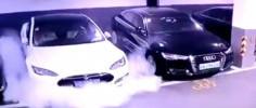Инцидент в Шанхае: электромобиль Tesla взорвался на подземной парковке (ВИДЕО)
