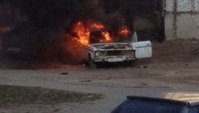 В Крыму массово горят автомобили