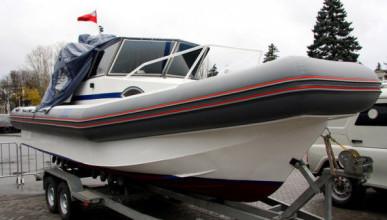 Туапсинский полицейский похитил служебный катер
