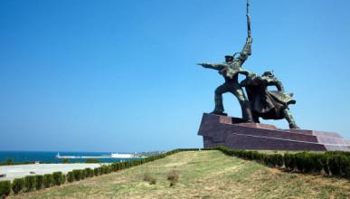 Памятникам Севастополя найдут хозяина