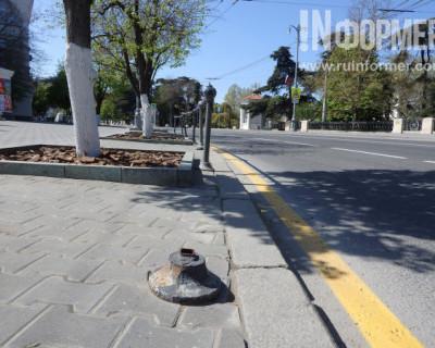 Фоторепортаж «ИНФОРМЕРа»: готова ли главная улица Севастополя к 9 мая?