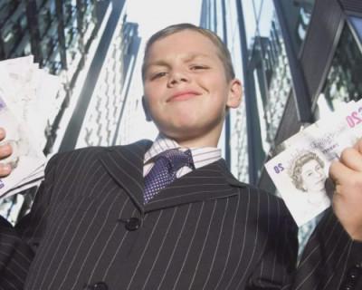 У несовершеннолетних детей российских чиновников обнаружились миллионные состояния, квартиры и частные дома