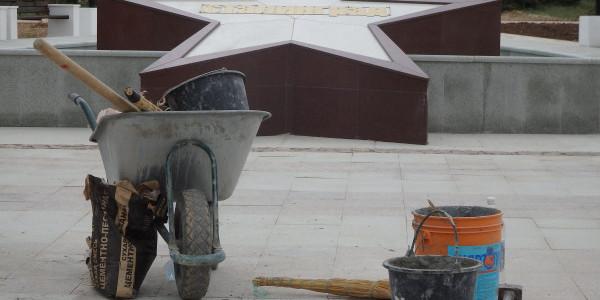Как обновляют парк Победы в Севастополе