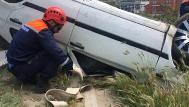 В Севастополе перевернулся автомобиль