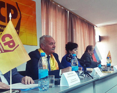 Глава севастопольских эсеров Евгений Дубовик уходит в отставку?