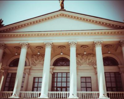 Театр Луначарского в Севастополе закроют!