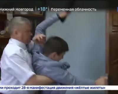 Драчливого чиновника выгнали из партии (ВИДЕО)