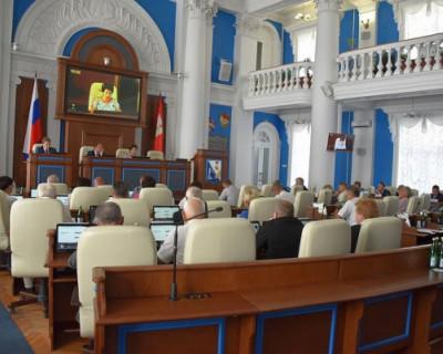 Депутаты севастопольского парламента приняли закон об отзыве губернатора