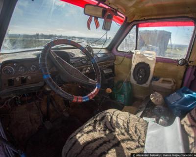 В Москве экс-полицейский третий месяц живёт в машине — его выгнали из служебного жилья