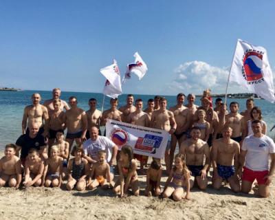 В Севастополе состоялся заплыв дружбы (ФОТО, ВИДЕО)