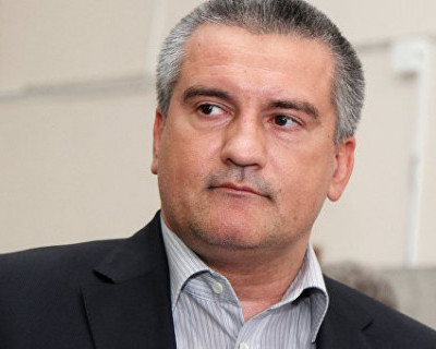 Сергей Аксенов стал участником прямой линии с Путиным