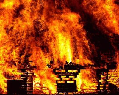 Спасатели Севастополя ликвидировали сильный пожар. Есть погибший