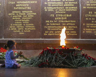 Севастопольские единороссы провели литературно-патриотический митинг-реквием