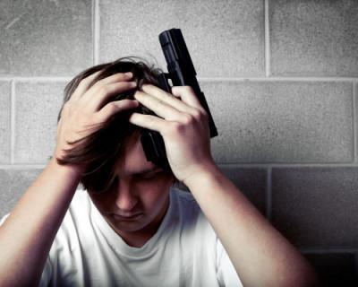 Керченский подросток напугал своих одноклассников пистолетом