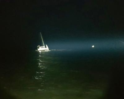 У берегов Судака яхта села на мель