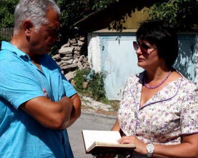 Депутат Заксобрания Севастополя Татьяна Лобач пришла на помощь к своим избирателям
