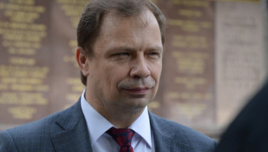 Помощник депутата Кулагина в погоне за подписями из Храма переместилась в библиотеку