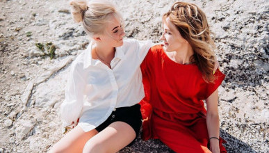 Зачем Поклонская рекламирует свою 14-летнюю дочь? (ФОТО)