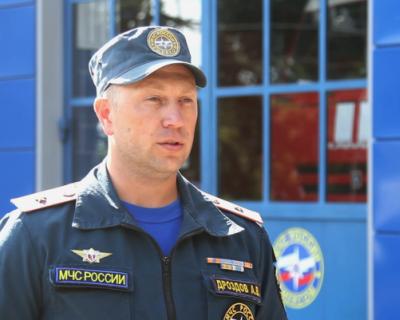 Севастопольские огнеборцы ликвидировали пожар в бесхозном временном строении (ВИДЕО)