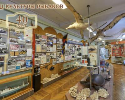 В ДКР открылась выставка живописи «Море жизни»
