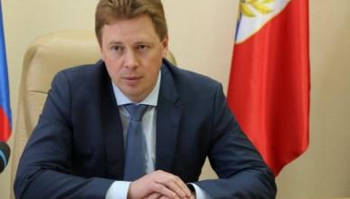 Владимир Путин подписал указ, которым освободил от должности губернатора Севастополя Дмитрия Овсянникова