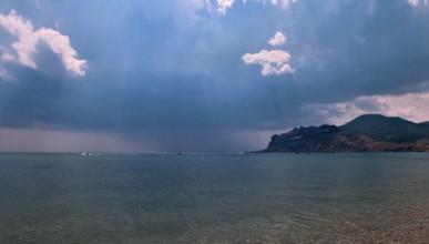 Штормовое предупреждение в Крыму на 15 июля