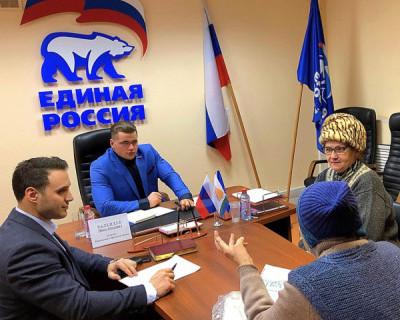 Депутат от «Единой России» написал заявление в полицию на паблик, который назвал его «самым красивым депутатом»