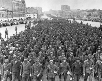 17 июля 1944 года 57600 немецких военнопленных прошли маршем по улицам Москвы. Как это было?