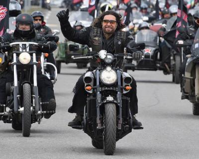 Крымский мошенник выдаёт себя за члена мотоклуба «Ночные волки»