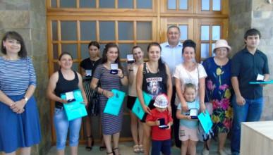 Севастопольские сироты получили ключи от квартир