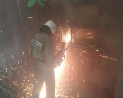 Крупный пожар в Севастополе (ФОТО)